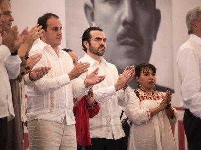 "<a href=""/noticias/en-gira-de-agradecimiento-lopez-obrador-anuncia-apoyos-para-morelos"">En gira de agradecimiento López Obrador anuncia apoyos para Morelos</a>"