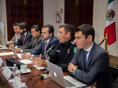 """<a href=""""/noticias/llama-gobierno-del-estado-municipios-para-coordinar-trabajo-por-la-seguridad-en-morelos"""">Llama Gobierno del Estado a municipios para coordinar trabajo por la seguridad en Morelos</a>"""