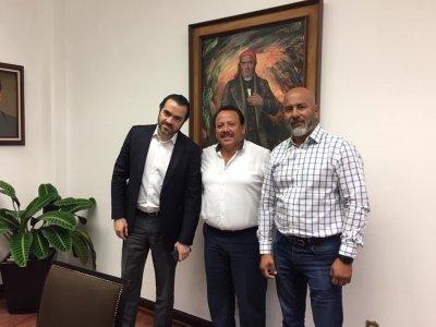 """<a href=""""/noticias/reunion-con-el-presidente-municipal-de-axochiapanfelix-sanchez-espinoza"""">Reunión con el Presidente Municipal de #AxochiapanFélix Sánchez Espinoza</a>"""