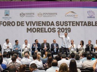 """<a href=""""/noticias/inaugura-cuauhtemoc-blanco-foro-de-vivienda-sustentable"""">Inaugura Cuauhtémoc Blanco Foro de Vivienda Sustentable</a>"""