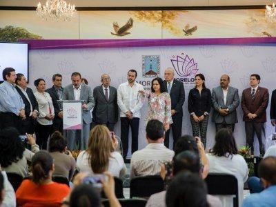 """<a href=""""/noticias/anuncian-nueva-titular-de-sedagro-en-morelos"""">Anuncian nueva titular de Sedagro en Morelos</a>"""