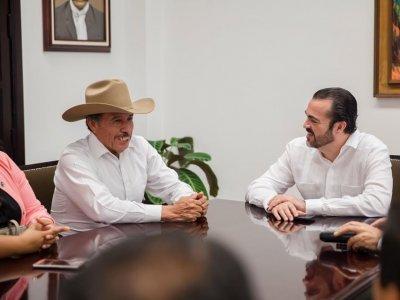 """<a href=""""/noticias/continua-apoyo-del-gobierno-de-morelos-para-la-estabilidad-politico-y-social-de-coatetelco"""">Continúa apoyo del Gobierno de Morelos para la estabilidad político y social de Coatetelco</a>"""
