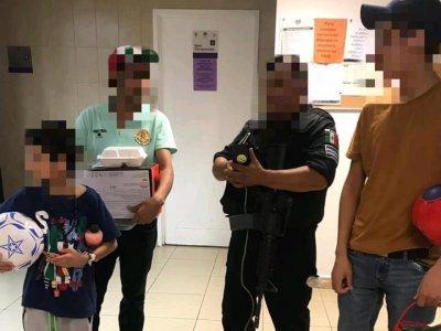 """<a href=""""/noticias/se-reencuentra-nino-guatemalteco-con-sus-familiares"""">SE REENCUENTRA NIÑO GUATEMALTECO CON SUS FAMILIARES</a>"""