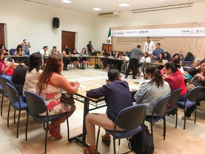 """<a href=""""/noticias/presente-morelos-en-foro-de-consulta-nacional-para-incidir-favor-de-las-mujeres"""">Presente Morelos en Foro de Consulta Nacional para incidir a favor de las mujeres</a>"""
