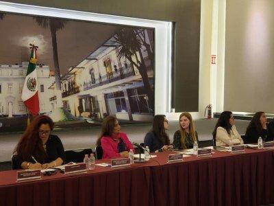 """<a href=""""/noticias/participa-sipinna-morelos-en-proyecto-de-cooperacion-canada-mexico-sobre-justicia-juvenil"""">Participa SIPINNA Morelos en proyecto de cooperación Canadá-México sobre Justicia Juvenil</a>"""