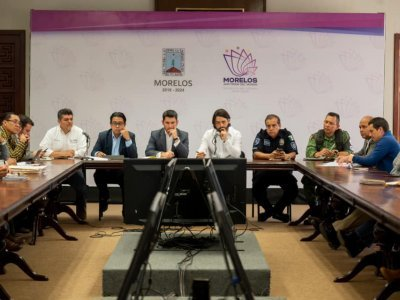 """<a href=""""/noticias/buscan-gobierno-del-estado-jiutepec-y-comuneros-recuperacion-del-area-natural-protegida-el"""">BUSCAN GOBIERNO DEL ESTADO, JIUTEPEC Y COMUNEROS RECUPERACIÓN DEL ÁREA NATURAL PROTEGIDA """"EL...</a>"""