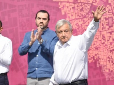 """<a href=""""/noticias/reafirma-amlo-respaldo-gobierno-de-cuauhtemoc-blanco"""">REAFIRMA AMLO RESPALDO A GOBIERNO DE CUAUHTÉMOC BLANCO</a>"""