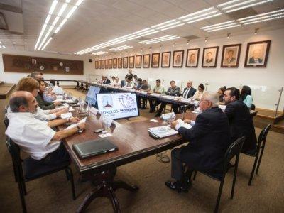 """<a href=""""/noticias/revisa-pablo-ojeda-programa-nacional-de-reconstruccion-con-delegados-federales-0"""">Revisa Pablo Ojeda programa nacional de reconstrucción con delegados federales</a>"""