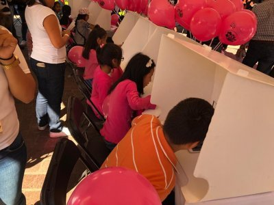 """<a href=""""/noticias/arranca-con-exito-consulta-de-ninas-ninos-y-adolescentes-en-morelos"""">Arranca con éxito consulta de niñas, niños y adolescentes en Morelos</a>"""