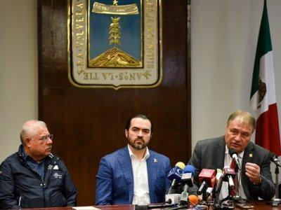 """<a href=""""/noticias/falsa-la-version-de-renuncia-del-comisionado-sanz-rivera"""">Falsa la versión de renuncia del comisionado: Sanz Rivera</a>"""