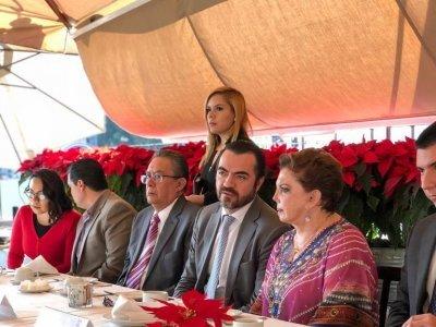 """<a href=""""/noticias/dialogo-permanente-con-el-colegio-de-notarios-de-morelos-pablo-ojeda"""">Diálogo permanente con el Colegio de Notarios de Morelos: Pablo Ojeda</a>"""