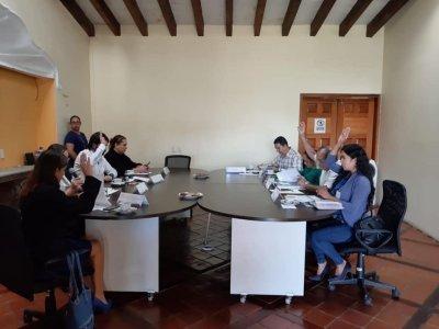 """<a href=""""/noticias/acceden-victimas-al-fondo-de-ayuda-asistencia-y-reparacion-integral-del-estado-de-morelos-0"""">Acceden víctimas al Fondo de Ayuda, Asistencia y Reparación Integral del Estado de Morelos</a>"""