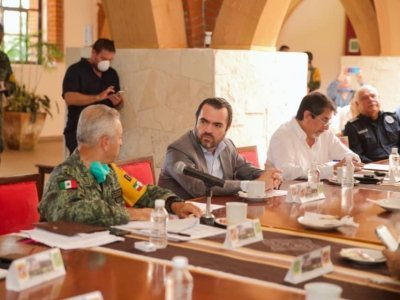 """<a href=""""/noticias/preparan-en-morelos-centro-estatal-de-contingencia-covid-19"""">Preparan en Morelos Centro Estatal de Contingencia COVID-19</a>"""
