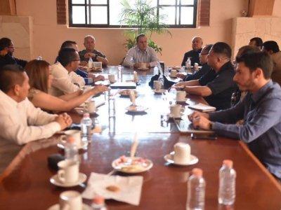 """<a href=""""/noticias/instruye-cuauhtemoc-blanco-investigacion-exhaustiva-sobre-hechos-en-cereso-morelos"""">Instruye Cuauhtémoc Blanco investigación exhaustiva sobre hechos en Cereso Morelos</a>"""
