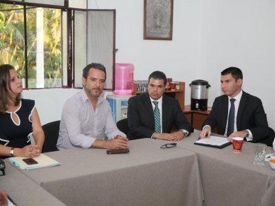"""<a href=""""/noticias/presentan-estrategia-de-mando-coordinado-cabildo-de-cuernavaca"""">Presentan estrategia de Mando Coordinado a cabildo de Cuernavaca</a>"""